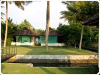 thaneermukkom resort